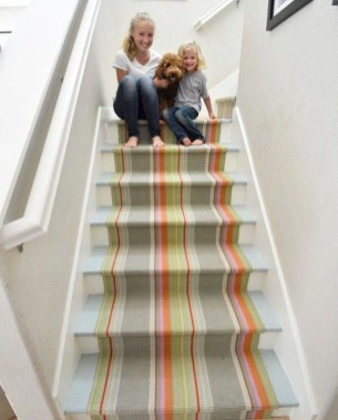 Beautiful Color Ideas For Your Stairs Decoration38