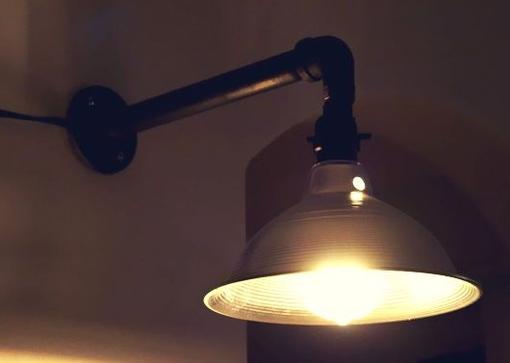 Captivating Diy Lighting Ideas For Small Apartment35