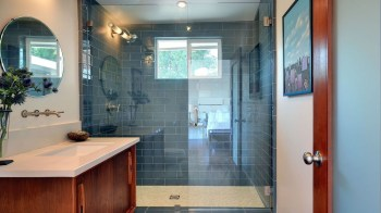 20+ Catchy Subway Tiles Application Ideas For Bathroom