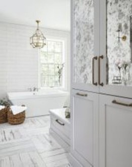 Catchy Subway Tiles Application Ideas For Bathroom33
