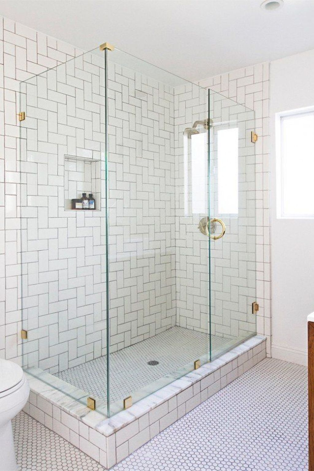 Catchy Subway Tiles Application Ideas For Bathroom34