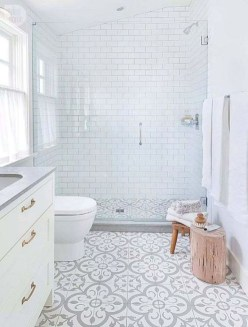 Charming Traditional Bathroom Decoration Ideas Just Like This29