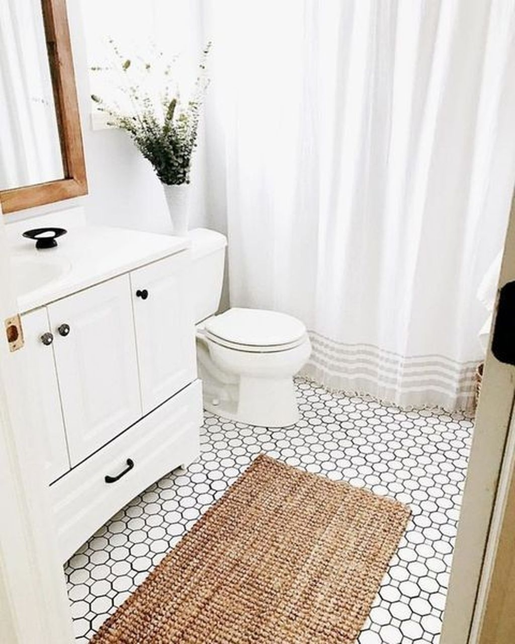 Charming Traditional Bathroom Decoration Ideas Just Like This40