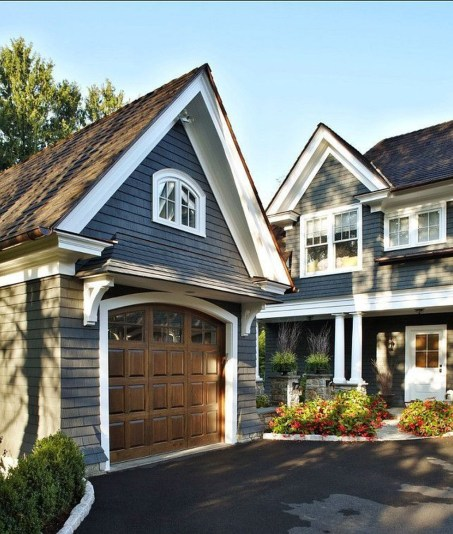 Cute Home Garage Design Ideas For Your Minimalist Home04