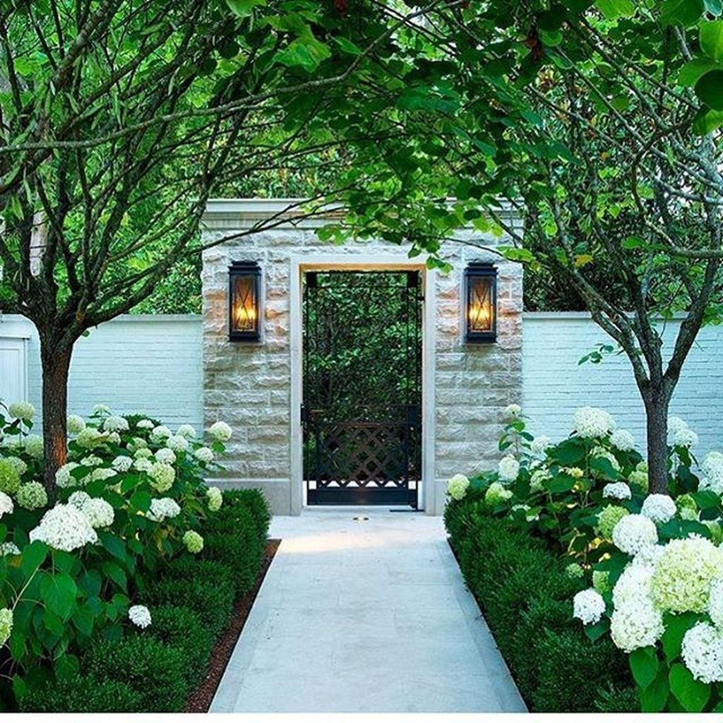 Cute Landscaping Ideas You Can Put In House Page10