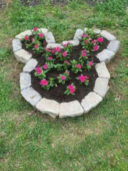 Fancy Diy Flower Beds Ideas For Your Garden28