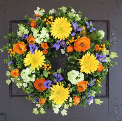 Pretty Front Door Wreath Ideas06