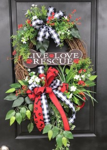 Pretty Front Door Wreath Ideas18