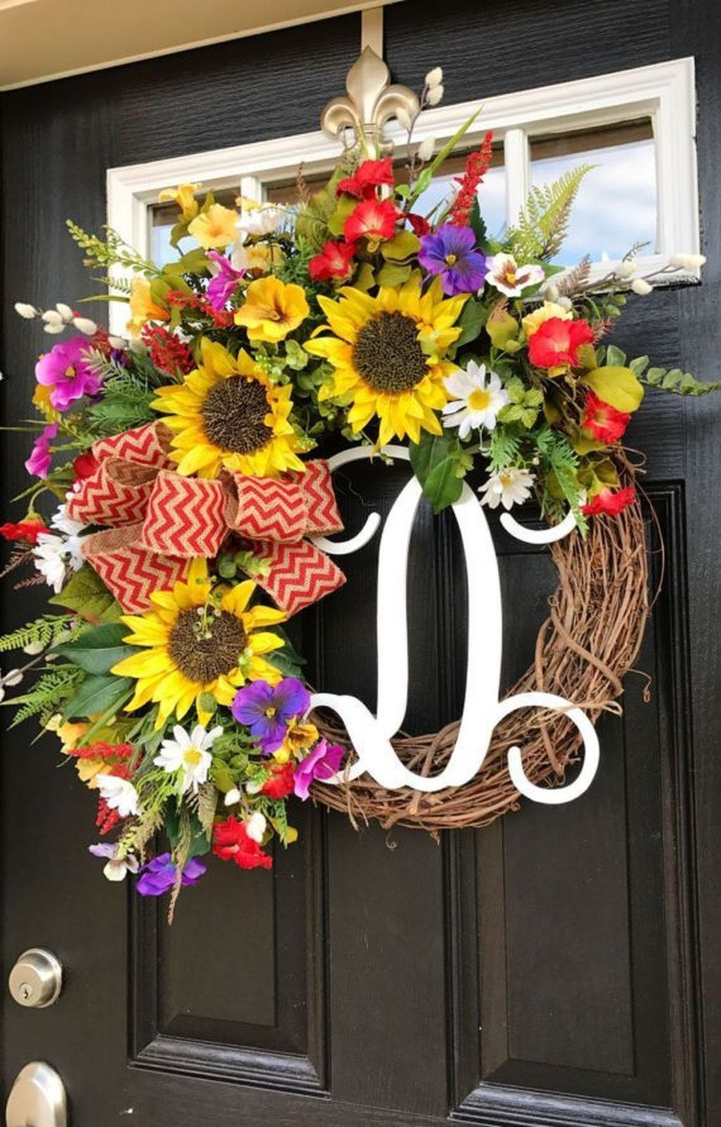 Pretty Front Door Wreath Ideas19