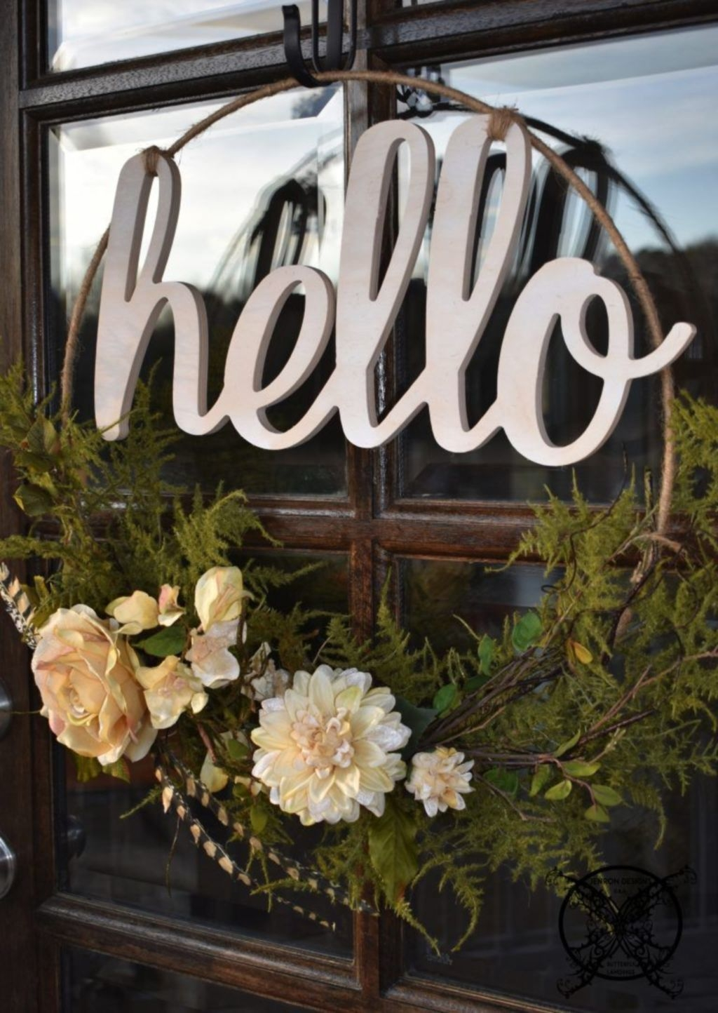 Pretty Front Door Wreath Ideas20