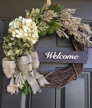 Pretty Front Door Wreath Ideas23