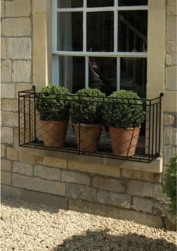 Wonderful Flower In Pots Ideas For Your Window06