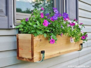 Wonderful Flower In Pots Ideas For Your Window26