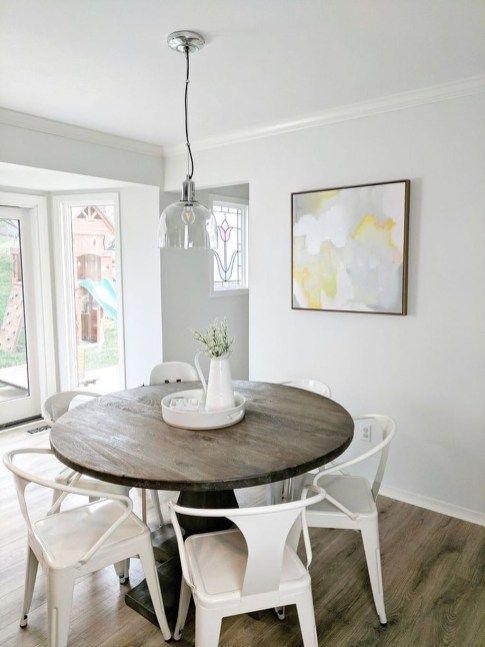 Best Minimalist Dining Room Design Ideas For Dinner With Your Family41