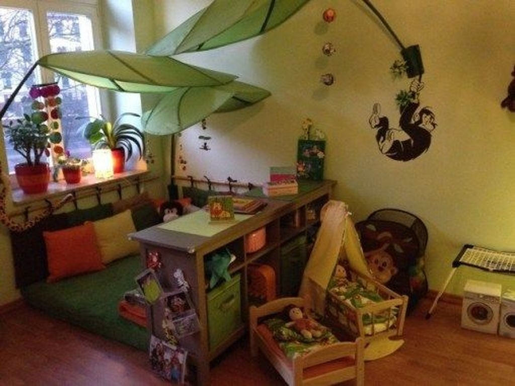 Charming Kids Bedroom Ideas With Jungle Theme To Try18