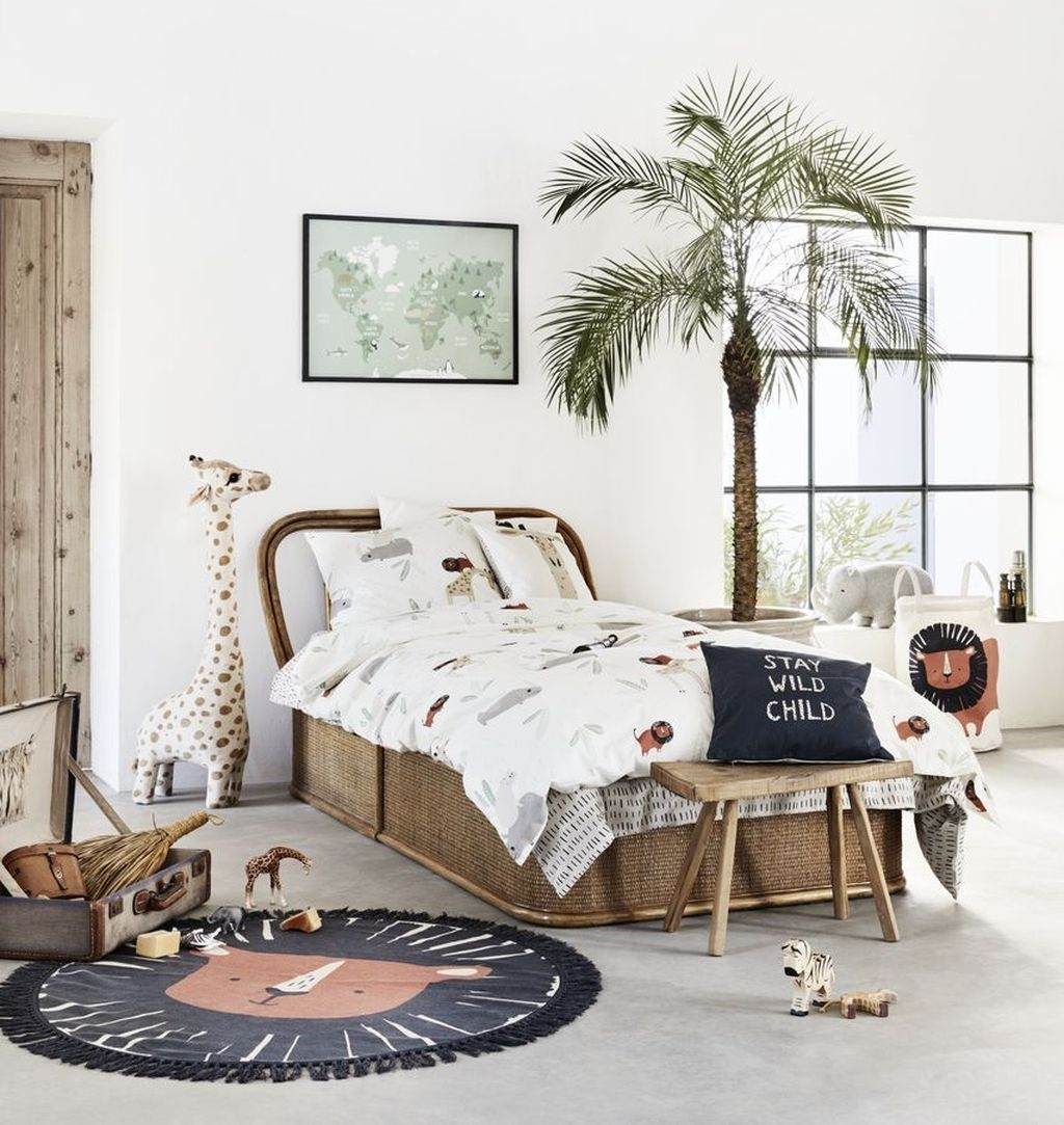 Charming Kids Bedroom Ideas With Jungle Theme To Try24