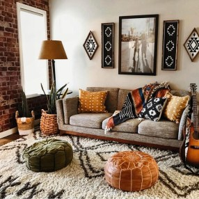 Latest Wall Decoration Ideas For Stunning Living Room10