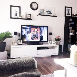 Latest Wall Decoration Ideas For Stunning Living Room25