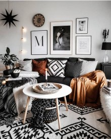 Latest Wall Decoration Ideas For Stunning Living Room30