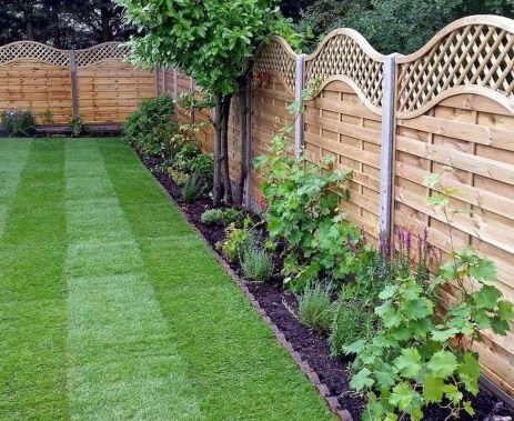 Smart Backyard Fence And Garden Design Ideas For Your Garden15