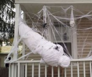 Amazing Outdoor Halloween Decorations Ideas For This Year05