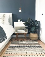Awesome Bedroom Rug Ideas To Try Asap06