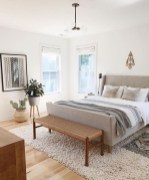 Awesome Bedroom Rug Ideas To Try Asap12