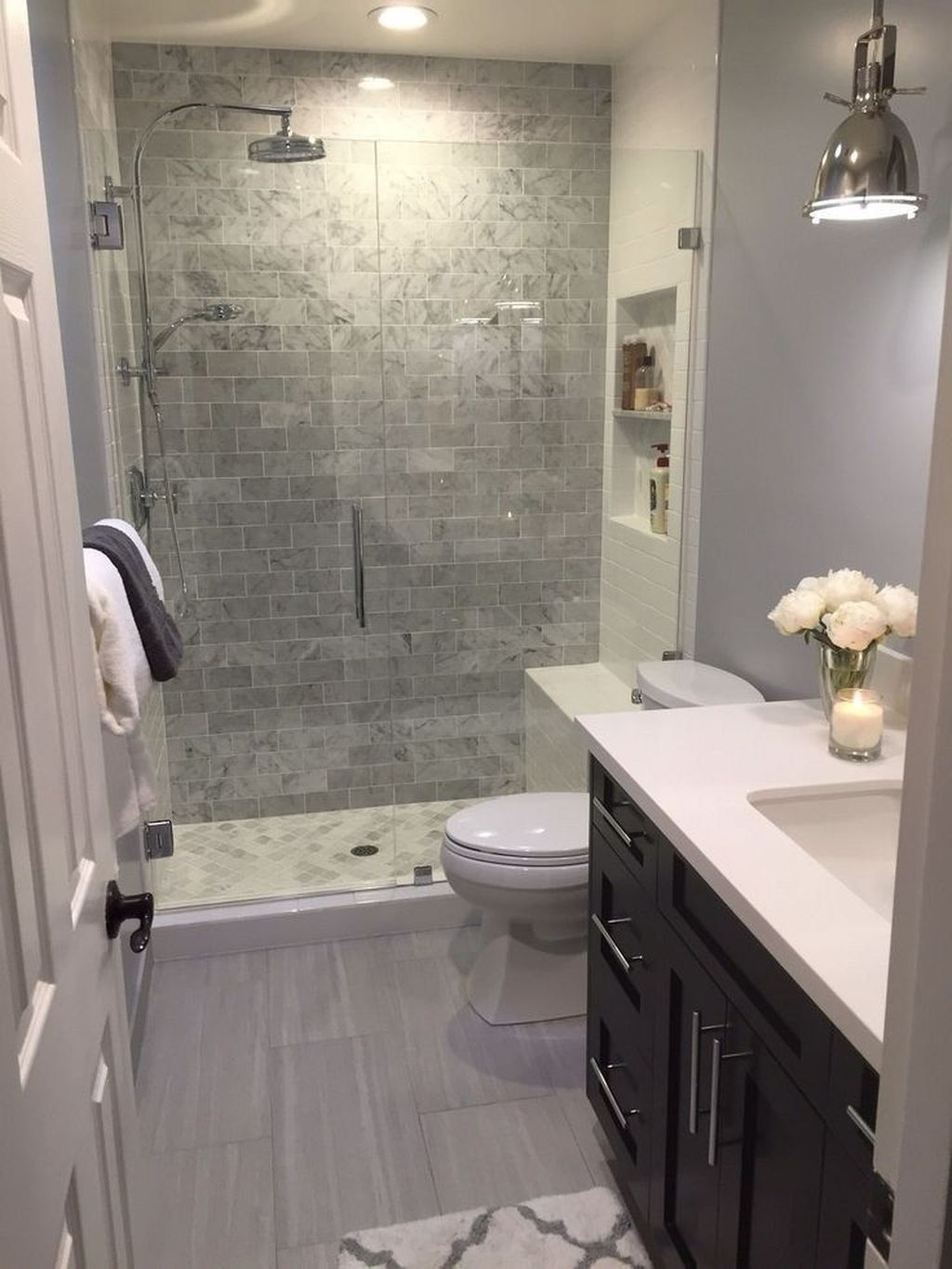 Best Master Bathroom Shower Remodel Ideas To Try30