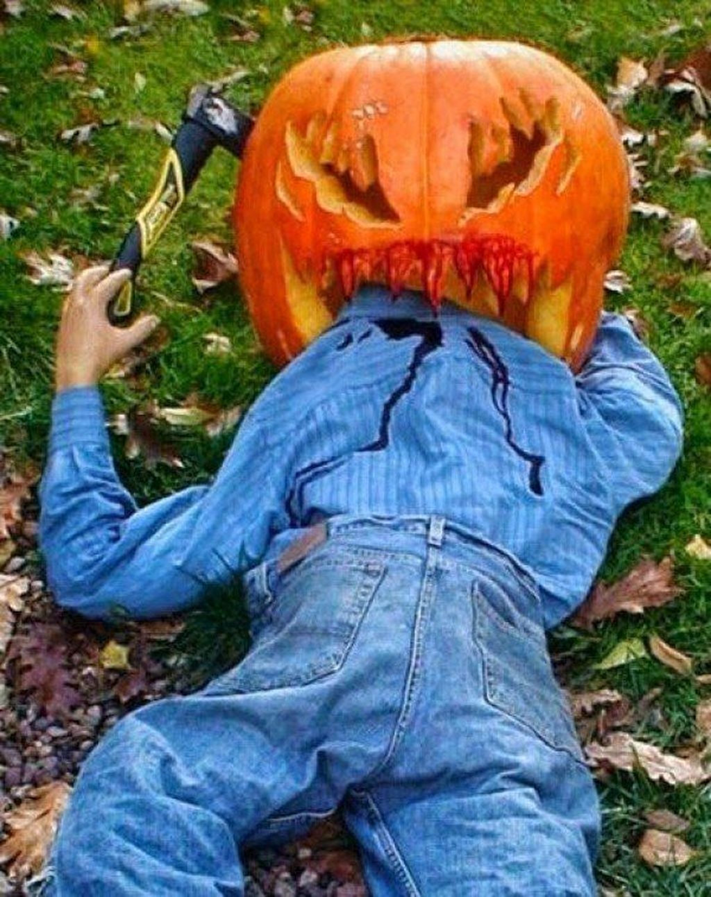 Casual Halloween Decorations Ideas That Are So Scary31