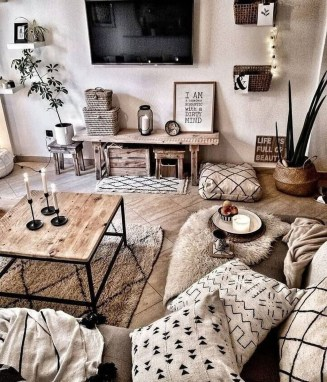 Comfy Living Room Decor Ideas To Make Anyone Feel Right At Home25