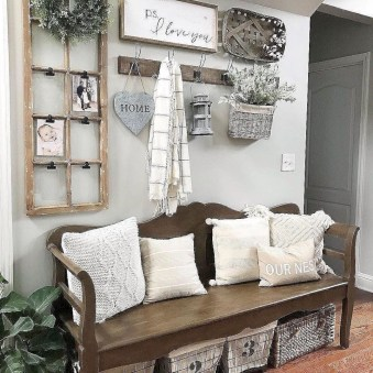Cool Farmhouse Living Room Decor Ideas You Must Have05