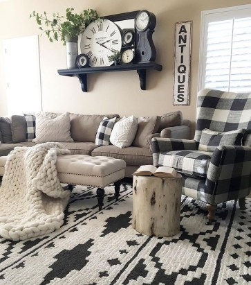 Cool Farmhouse Living Room Decor Ideas You Must Have07