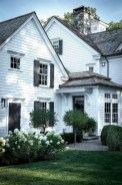 Cozy Farmhouse Exterior Design Ideas That Looks Cool21