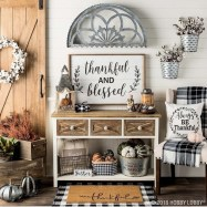Excellent Fall Decorating Ideas For Home With Farmhouse Style04