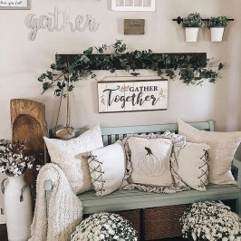 Excellent Fall Decorating Ideas For Home With Farmhouse Style31