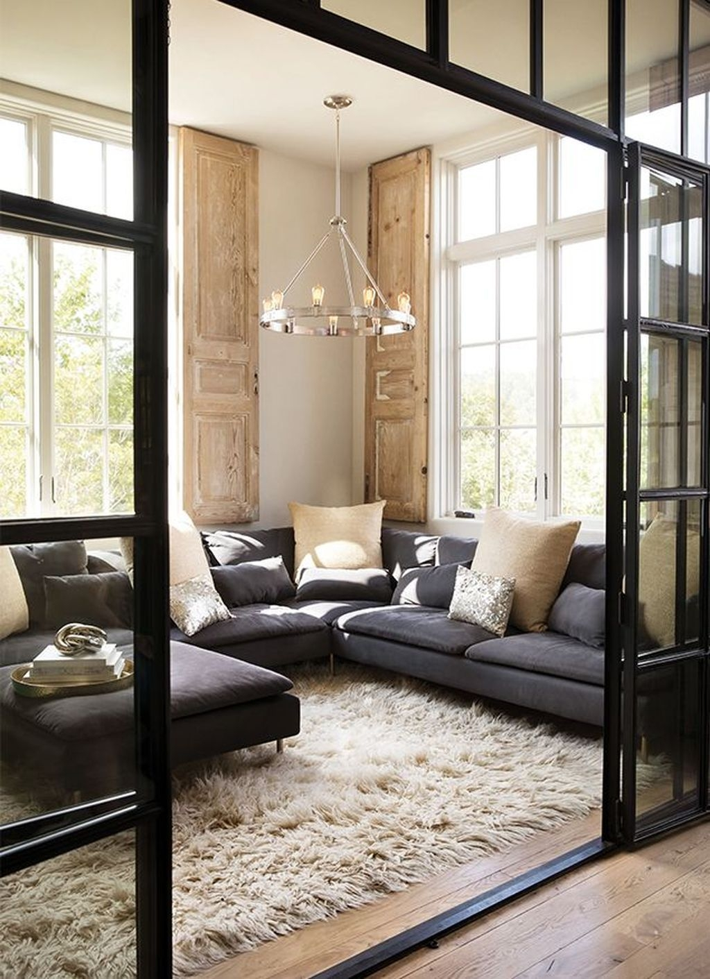 Extraordinary Living Room Lighting Ideas For Home Décor This Year33
