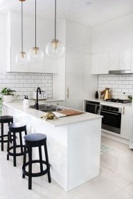 Incredible Black And White Kitchen Ideas To Try04