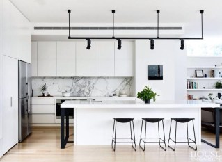 Incredible Black And White Kitchen Ideas To Try28