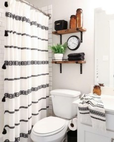 Latest Bathroom Decor Ideas That Match With Your Home Design05