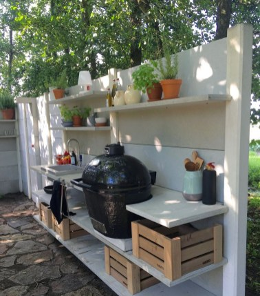 Newest Outdoor Kitchen Decoration Ideas To Make Cozy Kitchen07