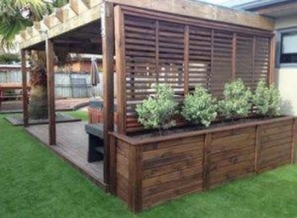 Pretty Privacy Fence Planter Boxes Ideas To Try03