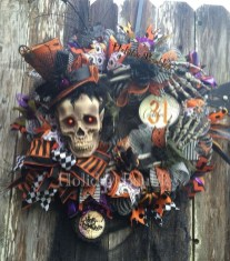 Stunning Diy Halloween Wreaths Design Ideas That Looks Cool05