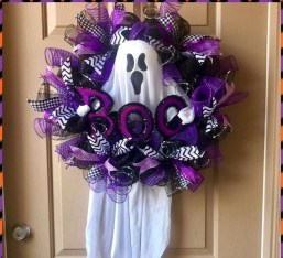 Stunning Diy Halloween Wreaths Design Ideas That Looks Cool09