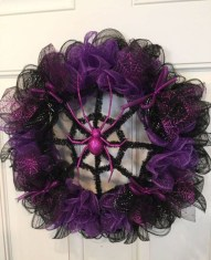 Stunning Diy Halloween Wreaths Design Ideas That Looks Cool11