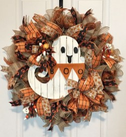 Stunning Diy Halloween Wreaths Design Ideas That Looks Cool21