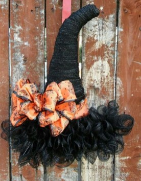 Stunning Diy Halloween Wreaths Design Ideas That Looks Cool31