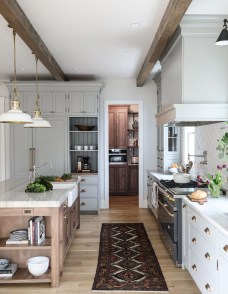 Unordinary Kitchen Colors Design Ideas That Looks Cool24
