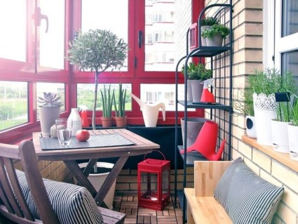 Brilliant Closed Balcony Design Ideas To Enjoy In All Weather Conditions27