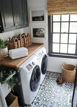 Charming Small Laundry Room Design Ideas For You40