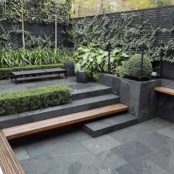 Chic Small Courtyard Garden Design Ideas For You01